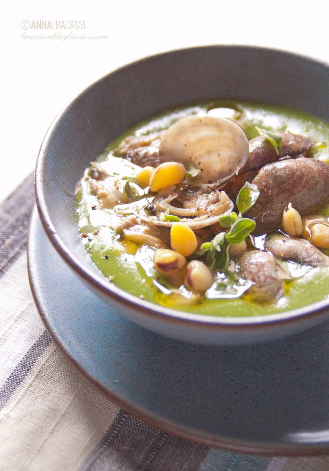 zuppa di vongole e cicerchie