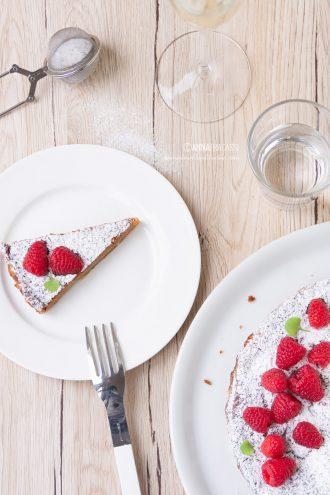 Torta senza farina: la mia caprese al cioccolato bianco