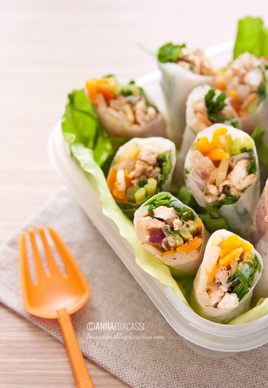 Involtini vietnamiti con verdure di stagione e tacchino
