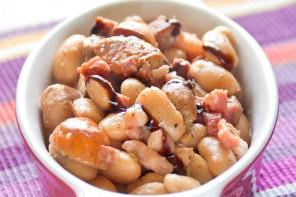 Contorno autunnale di fagioli, porcini e pancetta affumicata