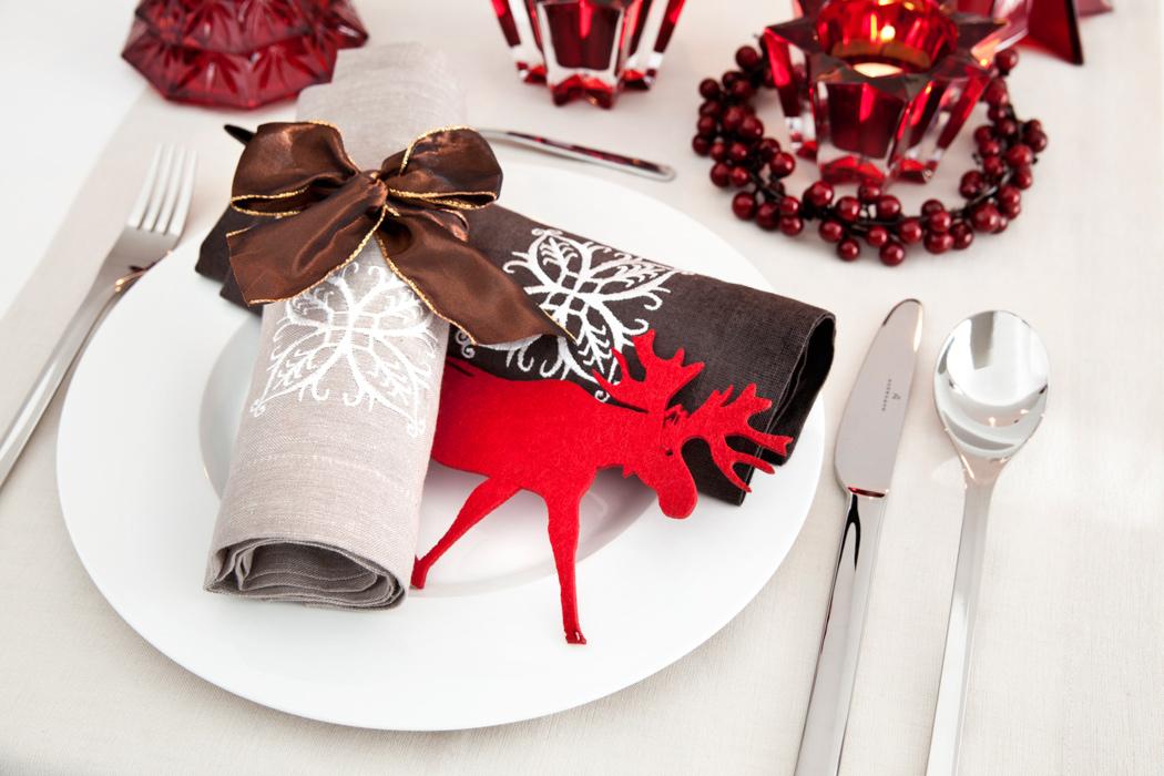 Christmas tableware la tavola delle feste - Tovaglie plastificate design ...