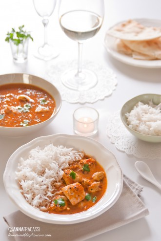 Curry indiano di cappone con riso Basmati