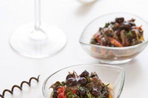 Mini verrine di ribollita di ceci neri