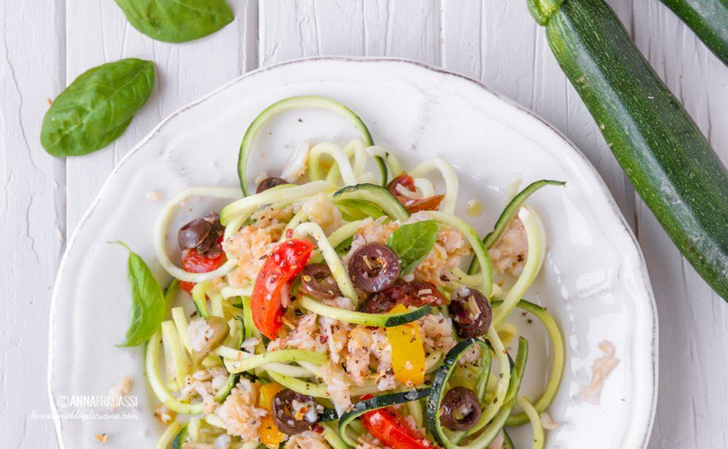 Spaghetti di zucchine con ragù di sogliola