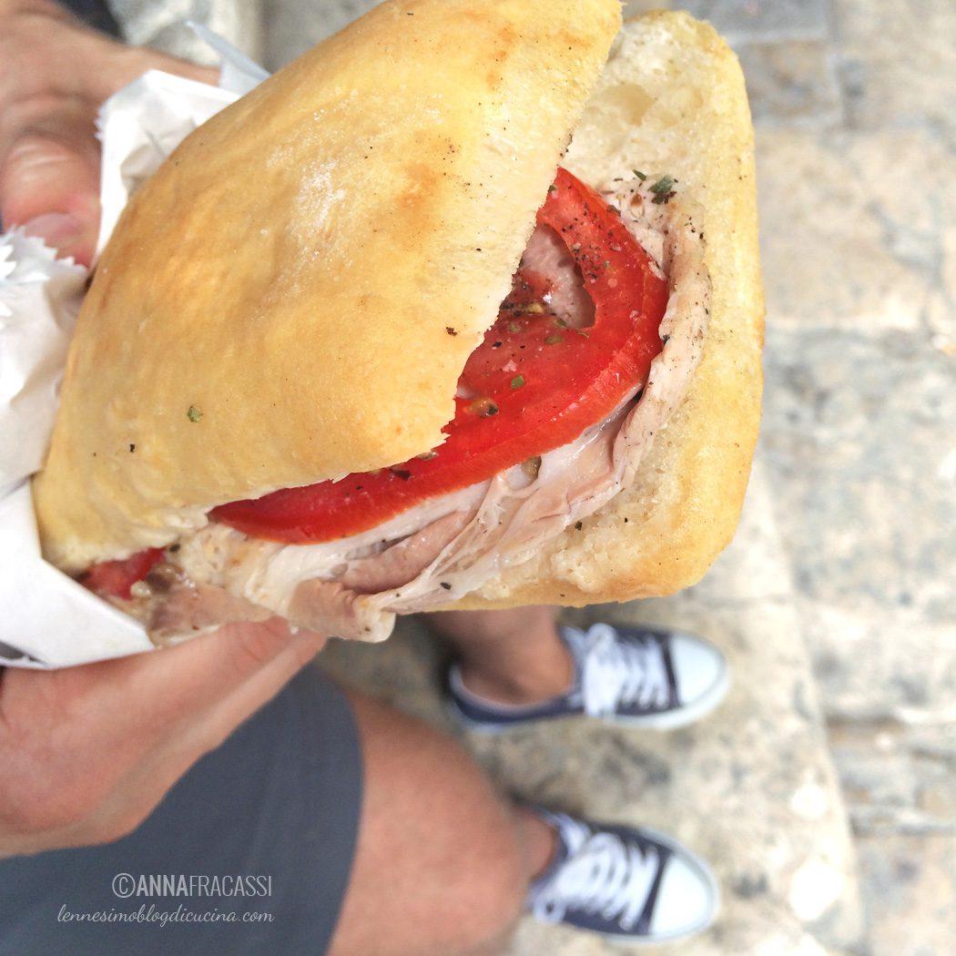 Cosa vedere e (soprattutto) cosa mangiare a San Gimignano - Forno Boboli