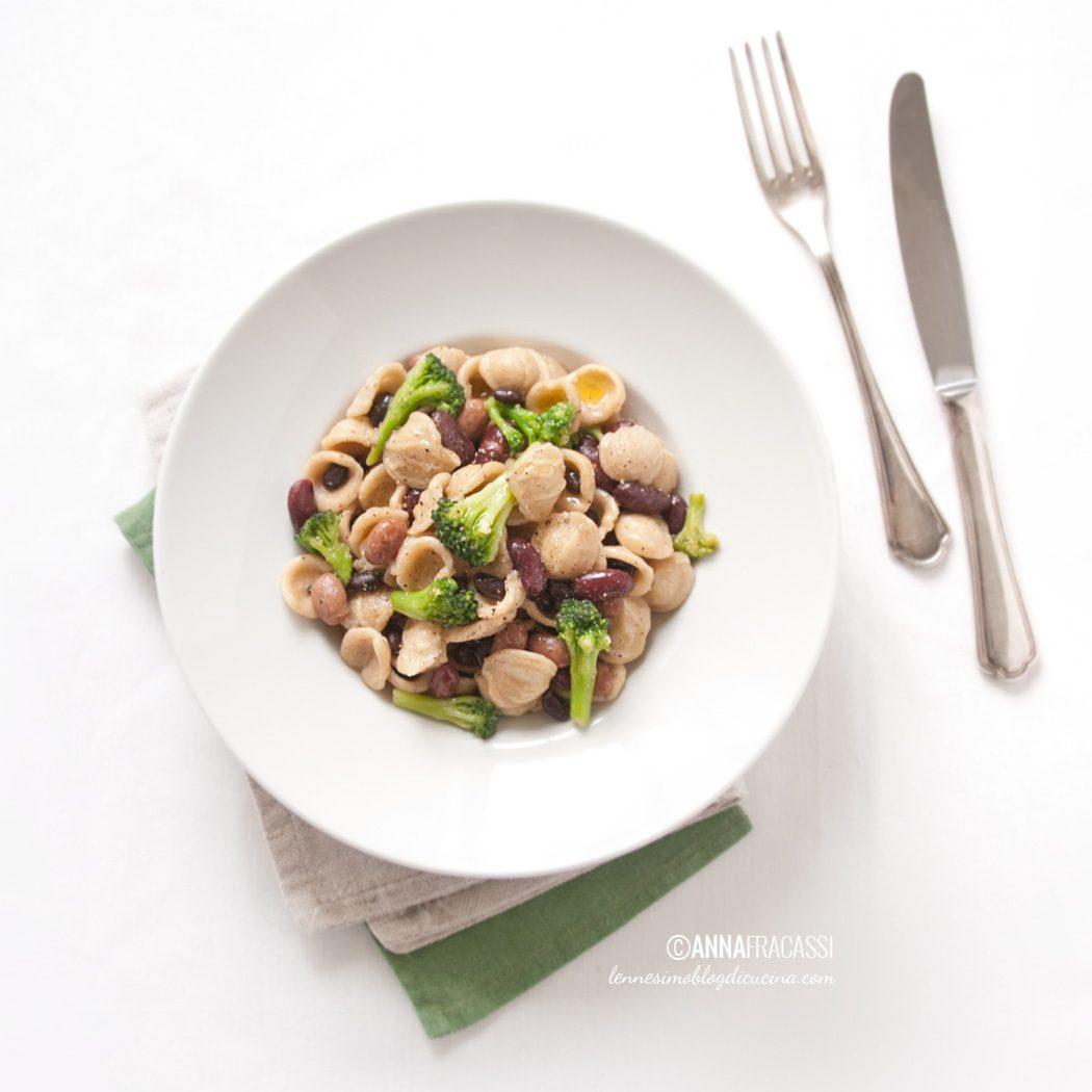 Orecchiette ai broccoli e fantasia di fagioli