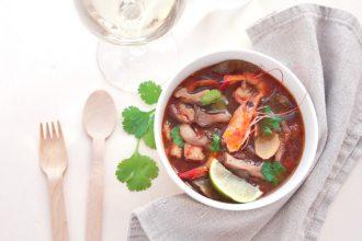 Tom Yam Goong: zuppa agro piccante con gamberi