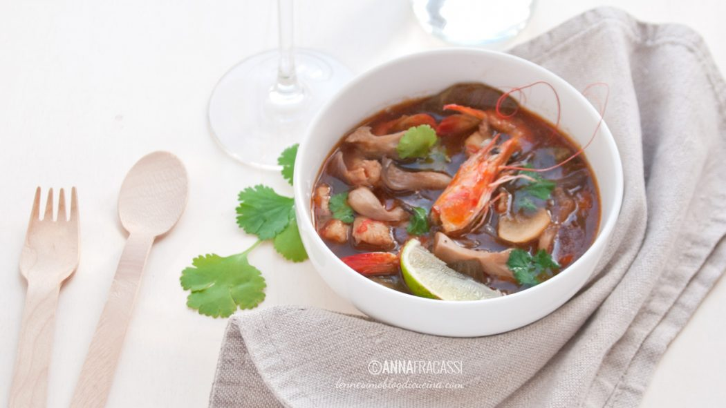 Tom Yam Goong: zuppa agro piccante con gamberi
