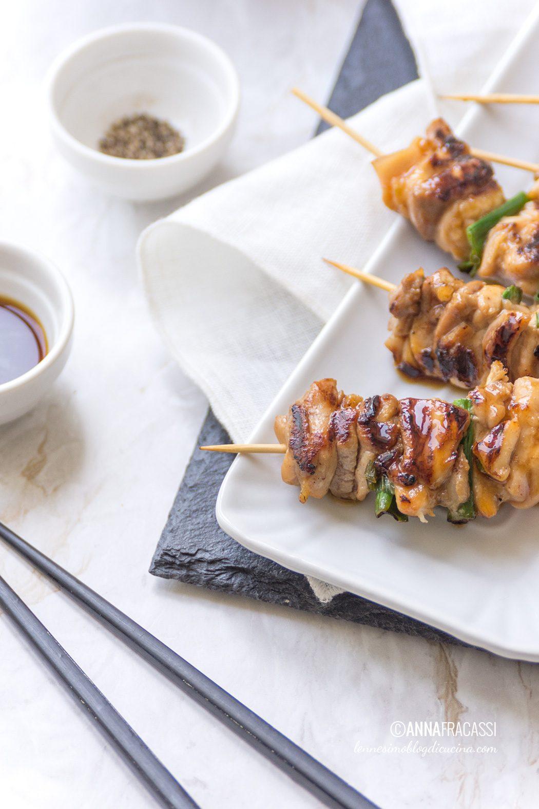 La ricetta degli yakitori, gli spiedini di pollo giapponesi