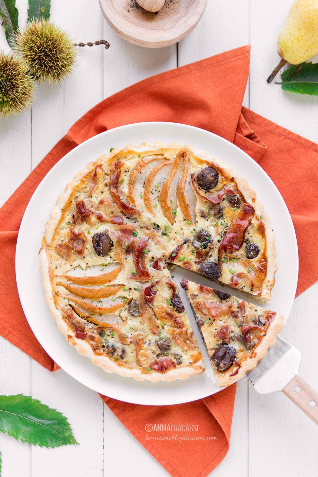Torta salata di castagne, pere e speck