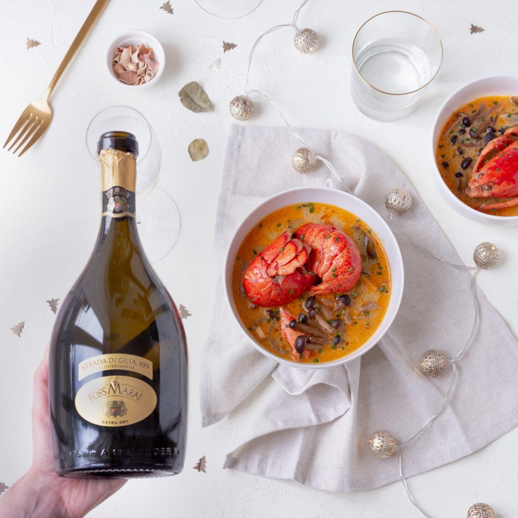 Zuppa thai agropiccante all'astice con bollicine di Valdobbiadene