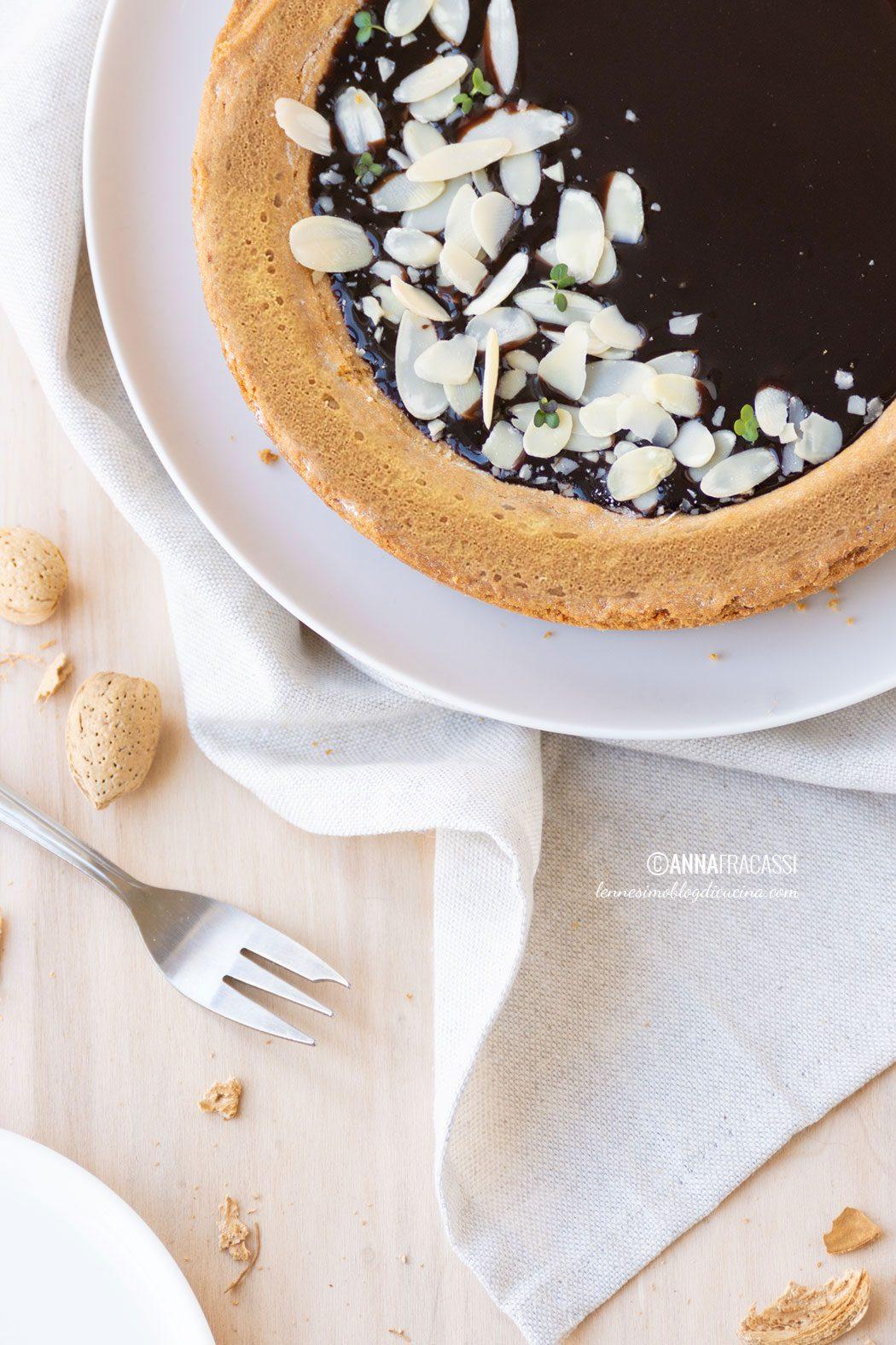 Crostata morbida al cioccolato e mandorle