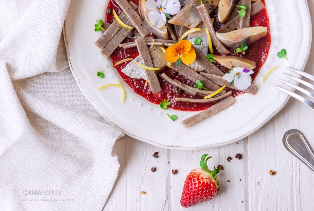 Aringa affumicata su riduzione di Brachetto alle fragole e grano saraceno