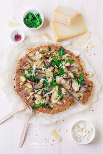 Pizza al baccalà con Piave DOP e cime di rapa