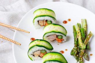 Uramaki di tonno: sushi da dispensa
