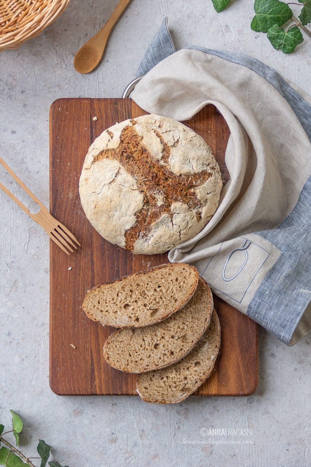 Pane alla verza e peperoncino