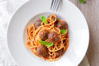 Gli spaghetti con le polpette: la mia ricetta di carne