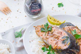 Tranci di salmone al pepe nero: la ricetta indiana